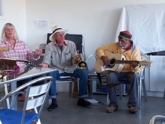 Local musicians including Ronnie Summers